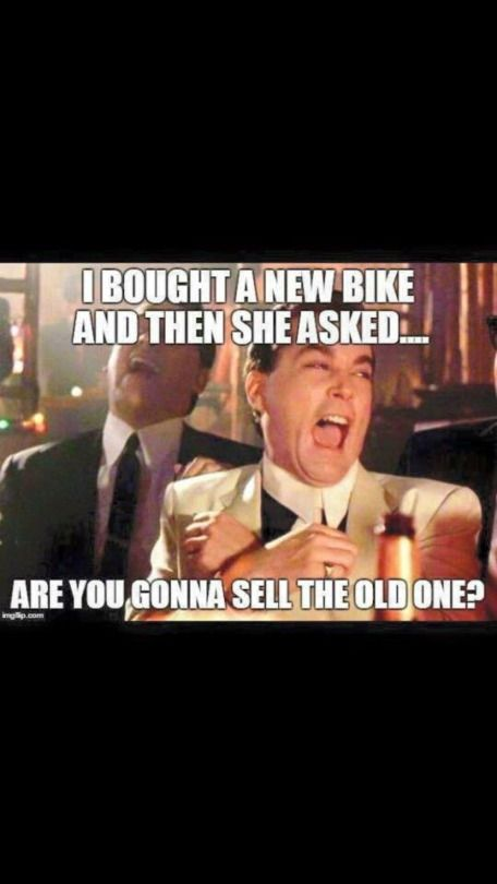 There are at least 2 great reasons to do your own bike repairs. Commonly known as DIY (do it yourself) bike repair, one of the main reasons is to simply save Bike Meme, Bike Humor, Motorcycle Memes, Cycling Memes, Cycling Quotes, Cycling Art, Cycling Motivation, Easy Rider, Dirt Bike Quotes