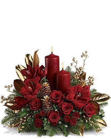 Christmas Flower Decorations.Candlelit Christmas Flower Arrangement Merry Christmas