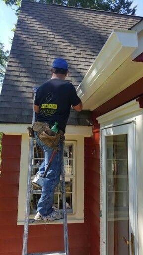 Gutter Installation In West Caldwell Nj Call Us Today 855 471 1600 Www Njfourseasonsguttercl Cleaning Gutters How To Install Gutters Gutter Repair