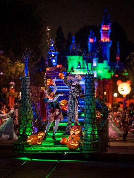Disneyland Halloween 2020 2020 Disneyland Planning Guide   Disney Tourist Blog   Disneyland