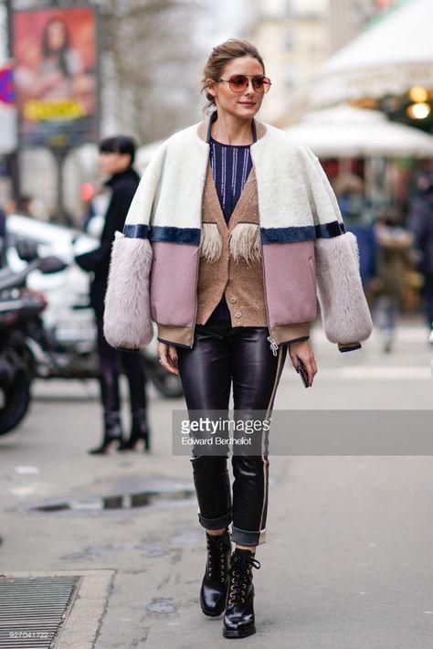 9d810cab9 2019 年の「Street Style   Paris Fashion Week Womenswear Fall Winter ...