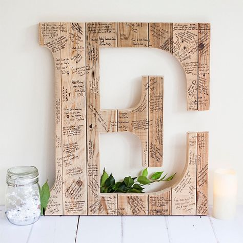 This wedding guest book alternative is perfect for rustic themed weddings. Most guest books get put in a drawer or hidde Diy Wedding On A Budget, Wedding Guest Book Alternatives, Diy On A Budget, Wedding Ideas, Trendy Wedding, Rustic Wedding Guest Book, Guest Book Ideas For Wedding, Elegant Wedding, Wedding Favors