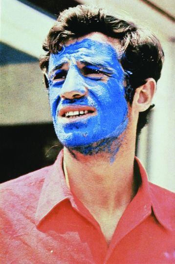 Jean-Paul Belmondo 1965 - « Pierrot le Fou » de Jean-Luc Godard © Georges  Pierre | Jean paul belmondo, Nouvelle vague, Pierrot le fou