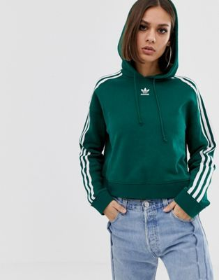 Descompostura Crónica Tormenta  Shop adidas Originals adicolor cropped hoodie in green at ASOS. Discover  fashion online. | Green hoodie outfit, Cropped hoodie, Fashion