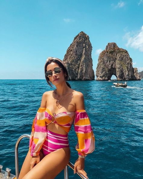 Love this cute vacation outfit. #summervacationstyle Love this cute vacation outfit.