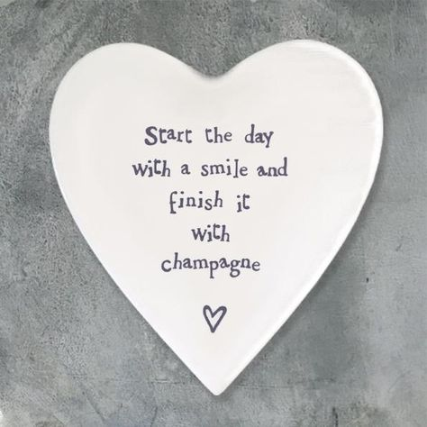 """East of India porcelain coaster """"Start the day with a smile and finish it with champagne"""" Size: 10 x 11 x 0.5cm"""