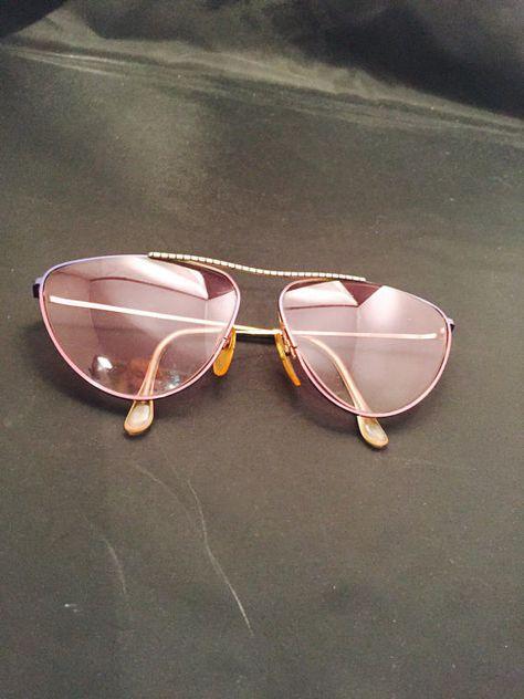 30e0e4c019 Aviator Sunglasses Rose Tinted Lenses Gold Metal Frames Vintage Mod Fashion  Accessory Eyewear