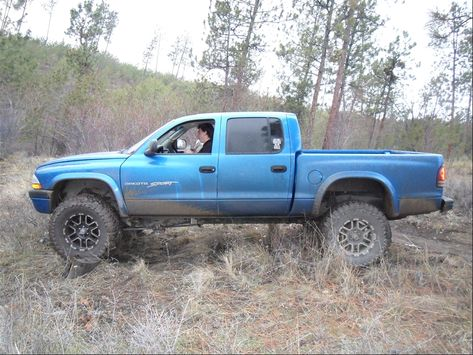 custom quad cab dodge dakota pics | 2001 Dodge Dakota Quad Cab - Kelowna, BC owned by Sexyvixon Page:1 at ...