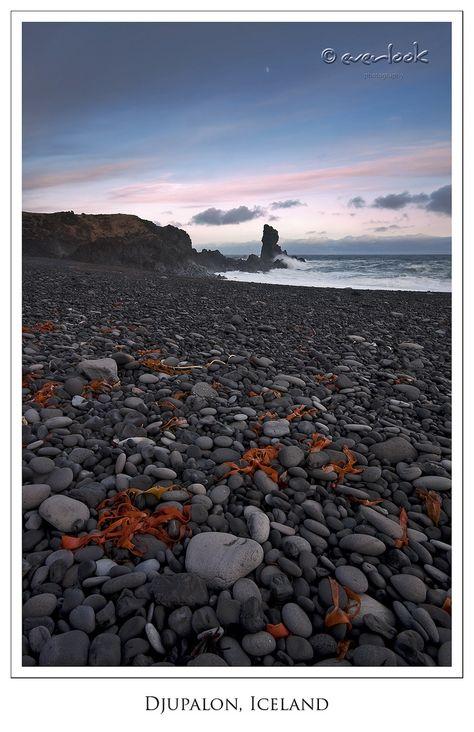 Shoreline Sentinel Iceland Shoreline Natural Landmarks