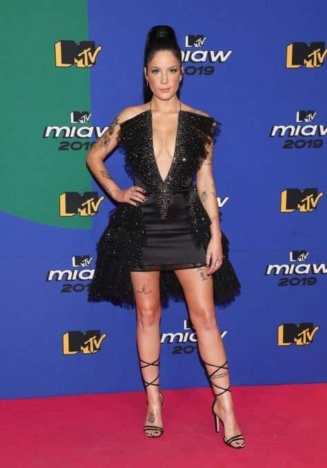 Halsey 2019 Mtv Miaw Awards In Mexico City Halsey 2019 Mtv Miaw Awards In Mexico City Source Link Halsey Style Halsey How To Look Pretty