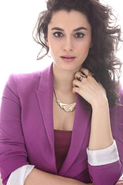 Hande Doğandemir Hot Photo Gallery, 1st Part | Celebrities ...