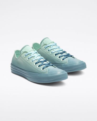 e57877429645d Chuck Taylor All Star Dip Dye Low Top in 2019 | Stuff I Want | Dip ...