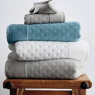 The Best Bath Towels on Amazon, According to Hyperenthusiastic