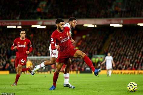 Liverpool 2-0 Sheffield United: Salah and Mane restore 13-point lead