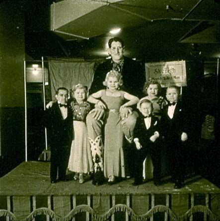 Giant Jack Earl and The Doll Family