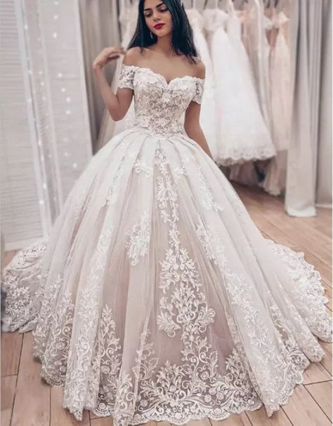 Lace Bridal, Strapless Lace Wedding Dress, Lace Ball Gowns, Wedding Dress Train, Tulle Wedding, Ball Dresses, Mermaid Wedding, Prom Dresses, Winter Wedding Dress Ballgown