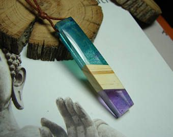 ad Wood necklace - resin pendant...