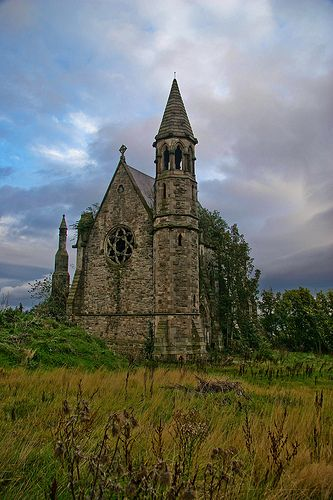Belfast Castle Old Chapel, Northern Ireland. This old church is an amazing find on the way from Belfast Castle. This is literally in the middle of a city block, with houses built all around it. It's fenced off, with no visible road or inlet. Abandoned Churches, Old Churches, Abandoned Places, Abandoned Mansions, The Places Youll Go, Places To See, Belfast Castle, Belfast City, Londonderry