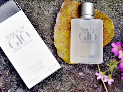 عرض العطور الرجالية مونت بلانك اكسبلورر ميسوني بور هوم كارتير باشا نوار سبورت Perfume Perfume Bottles Nigo