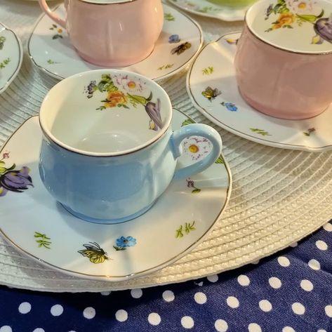 بيت العائلة On Instagram سيت فنجان قهوه حجمة حلو السعر ١٦ الف دينار توصيل بغداد ٥ الاف توصيل باقي المحافظات ٧ الاف بيت العائلة Tea Cups Tableware Glassware