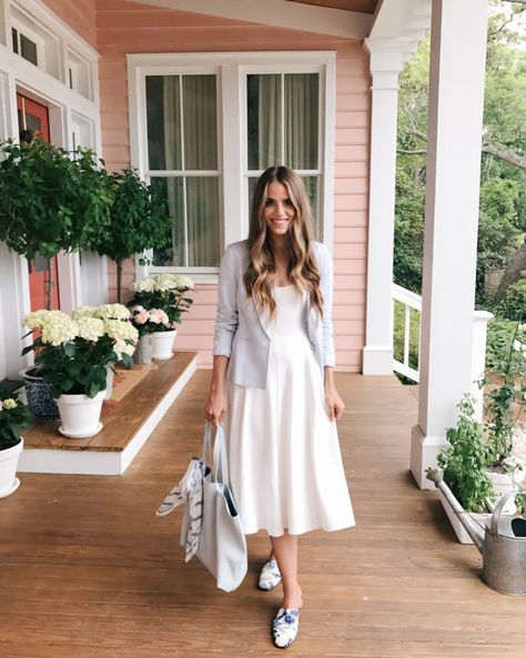 GMG Daily Look 4-13-17http://now.galmeetsglam.com/post/529326/2017/daily-look-4-13-17/