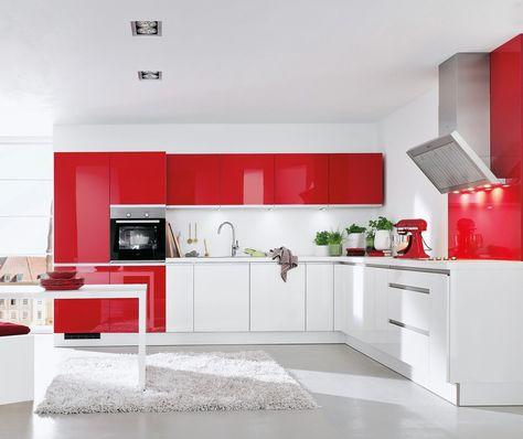 möbelfronten modernes design rote wandfarbe küchengestaltung ... | {Küchengestaltung 2}