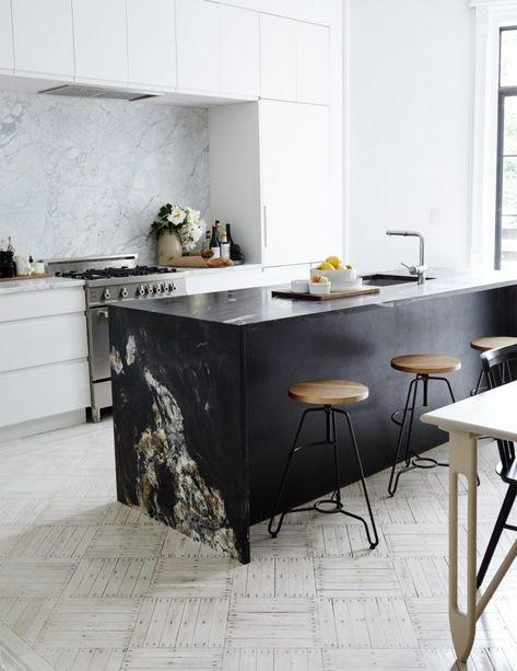 Plan De Travail Marbre Noir Cuisine Blanche Et Nore Design Moderne