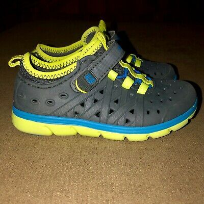 Stride Rite Gray Rubber Water Shoes