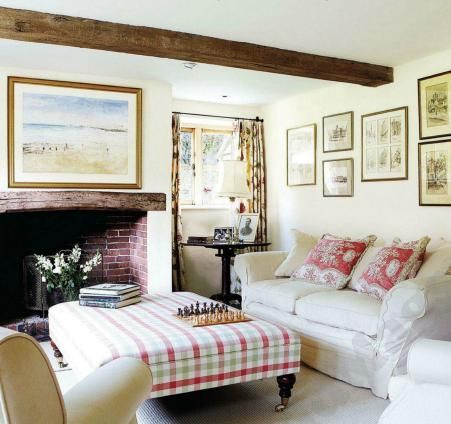 English Country Cottage Decor Style Ideas From Home Decorating Love The Checkered Ottom K In