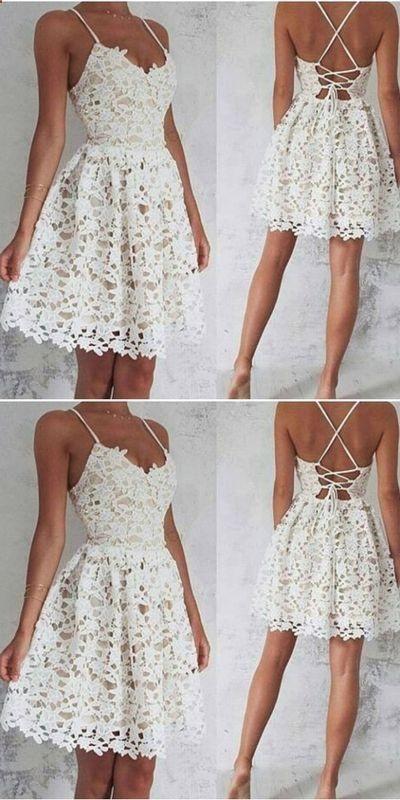 Tenues De Graduation Women Robes Ideas Of Women Robes Womenrobes Graduation Dress Designs White Dresses Graduation Homecoming Dresses Short