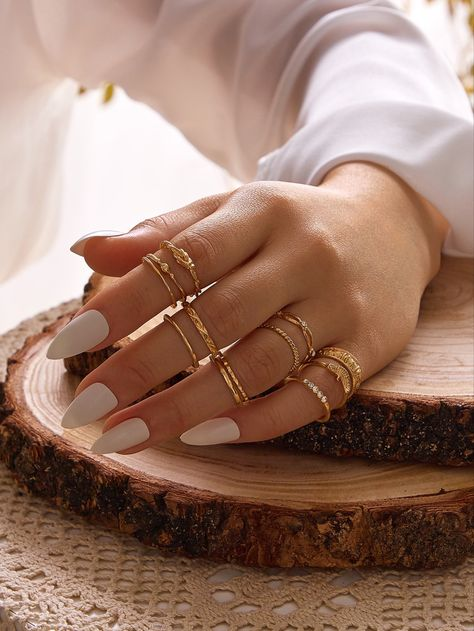 Hand Jewelry, Dainty Jewelry, Womens Jewelry Rings, Cute Jewelry, Jewelry Accessories, Fashion Accessories, Women Jewelry, Fashion Rings, Fashion Jewelry