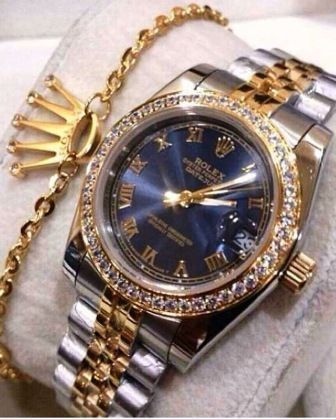 Men s Rolex Luxury Watch PharaohsLegacy and Rolex s Crown Symbol, . Men s Rolex Luxury Watch PharaohsLegacy and Rolex s Crown Symbol, Gold Bracelet