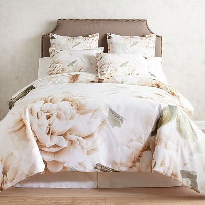 With Picture Perfect Grandeur Magnolias Cover Our Laurel Duvet Cover And Shams Beautiful For A Duvet Cover Master Bedroom Bedroom Design Contemporary Bedroom