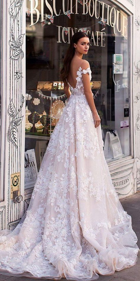 Milla nova blooming london wedding dresses 2019 gold bridal headpiece pearl bridal hair comb by davieandchiyo Dream Wedding Dresses, Bridal Dresses, Prom Dresses, Wedding News, Wedding Styles, Sweetheart Gowns, London Wedding, The Dress, Dress Lace
