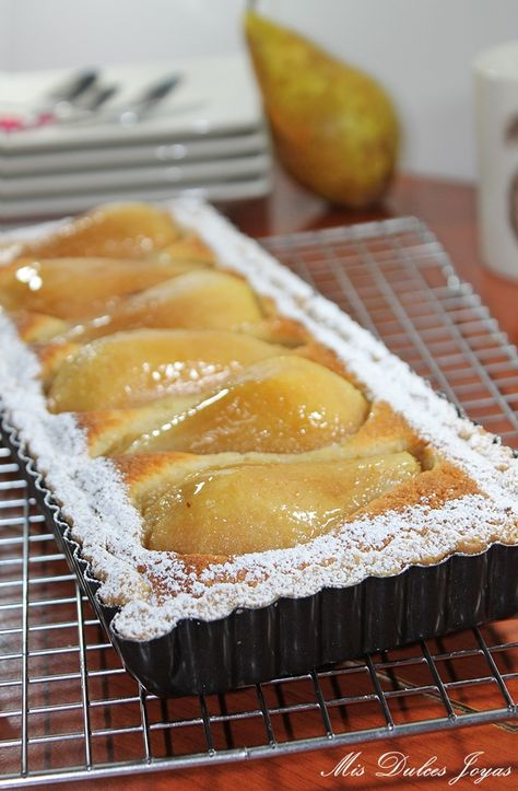 Tarta de pera, almendra y amaretto (by Lorraine Pascale) - Mis Dulces Joyas