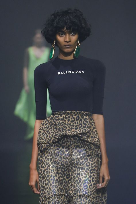 10 abbreviated hair styles that'll inspire you to part with a few precious inches the Balenciaga way.