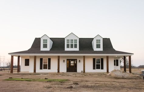 Manuel Builders builds new construction homes in Lafayette and other locations in Baton Rouge and Lake Charles. Pole Barn House Plans, Pole Barn Homes, Country House Plans, Dream House Exterior, Dream House Plans, Metal Building Homes, Building A House, Metal Homes, Building Ideas