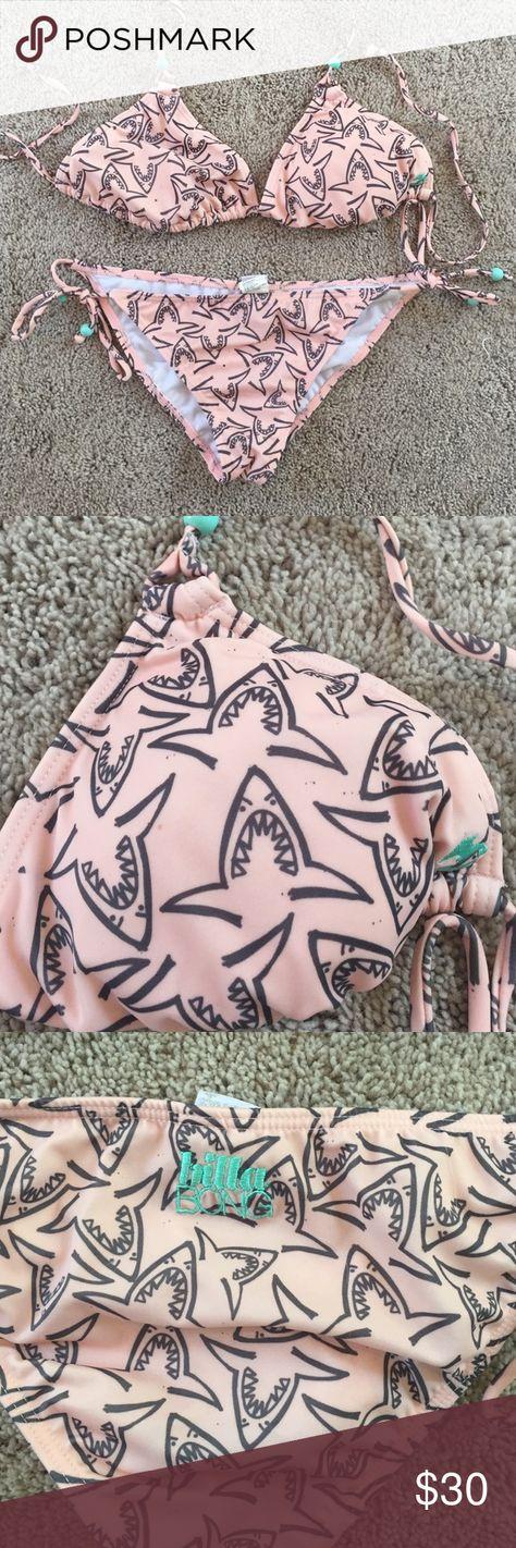Billabong bikini in EUC So cute bikini with shark print. Top is XL and bottoms are large. EUC Billabong Swim Bikinis