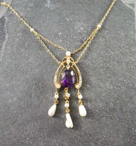 Amethyst Beaded Chain Necklace Festuring Faceted Briolette pendant necklace Center Station
