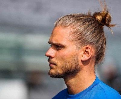 50 Die Besten Manner Haarschnitte Fur 2020 Frisuren Manner 2020 Frisuren 2020 Haarschnitte 2020 In 2020 Haarschnitt Manner Lange Haare Manner Herrenfrisuren