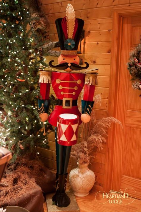 I want this soldier!!!   Merry #Christmas from Harpole's Heartland Lodge!