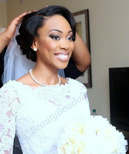 Beau Mariage Chignon Afro Americains Mariee African Wedding Hairstyles Black Wedding Hairstyles African Hairstyles