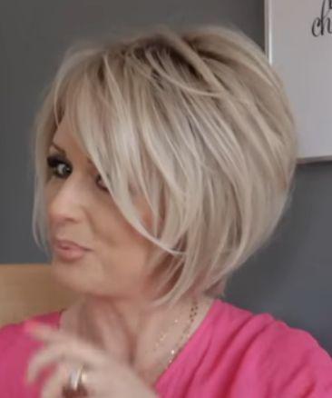 Frisuren kurz und halblang