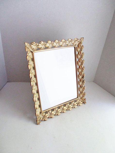 Vintage Metal Frame 8 X 10 Gold Tone Ivory Leaf Design Etsy Metal Frame Vintage Metal Frame