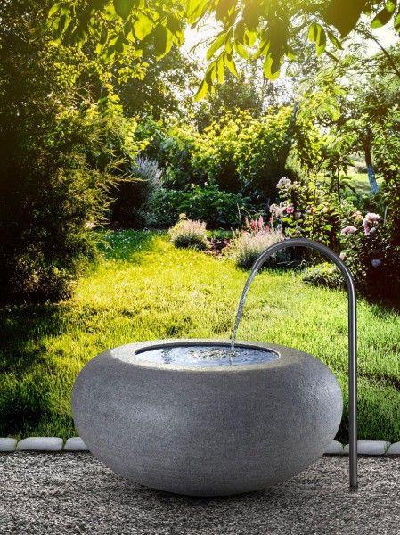 Granitbrunnen Bombiert Brunnen Granit Und Dunkler Granit