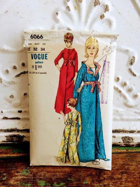 Vintage Feedsack w// Tiny Tumbling Clowns /& Confetti