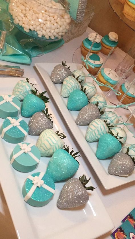 Tiffany bridal shower ideas chocolate covered 35 New ideas Tiffany bridal shower ideas chocolate covered 35 New ideas Tiffany Blue Party, Tiffany Birthday Party, Tiffany Blue Weddings, Tiffany Theme, Tiffany Wedding, Blue Birthday, Sweet 16 Birthday, Birthday Parties, Tiffany Blue Decorations