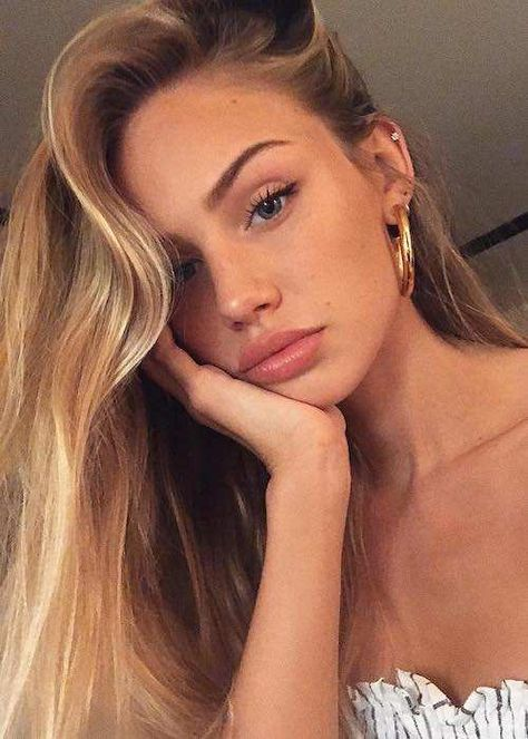 Scarlett Leithold Height, Weight, Age, Body Statistics