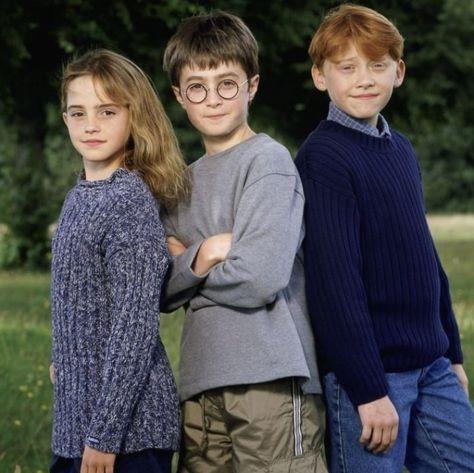 Veja estas fotos fofíssimas do elenco de Harry Potter na época do primeiro filme