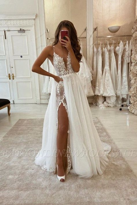 Looking  for    in  Lace,    style,  and  Gorgeous  Lace,Split Front  work?  Babyonlinewholesale  has  all  covered  on  this  elegant  Sexy Bohemian Summer Beach Wedding Dress with High Split.